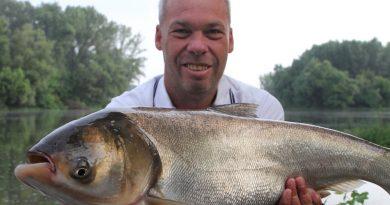 Tassi busák-Busa horgászata | HorgászMánia friss horgász hírek