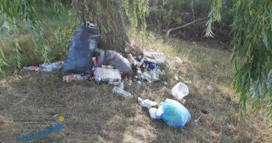 A szemetelés visszatérő probléma a Kis-Balatonnál | HorgászMánia friss horgász hírek